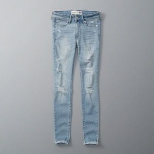 Abercrombie & Fitch Skinny Jeans Destroyed 6L